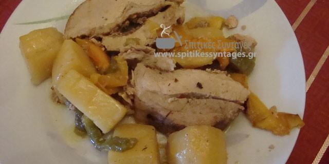 Χταπόδι κοκκινιστό στο φούρνο με πατάτες